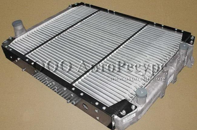 Радиатор охлаждения двигателя МАЗ